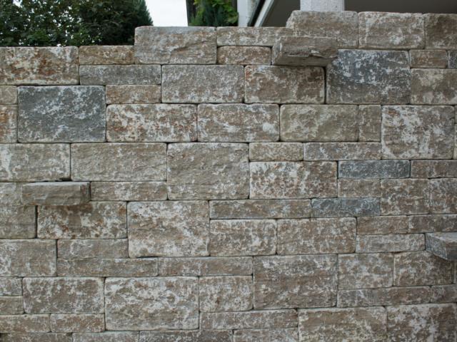 Wagner´s Muschelkalk Stufen Quader Polygonalplatten und-Travertin Walnut Noce Fine Line