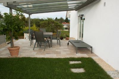 Terrassenplatten Travertin Walnut Noce Fine Line